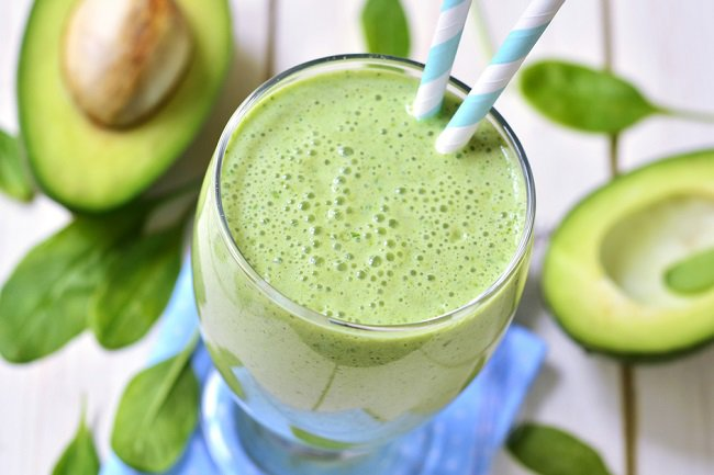 How to Cleanse the Lymphatic System with an Avocado Smoothie