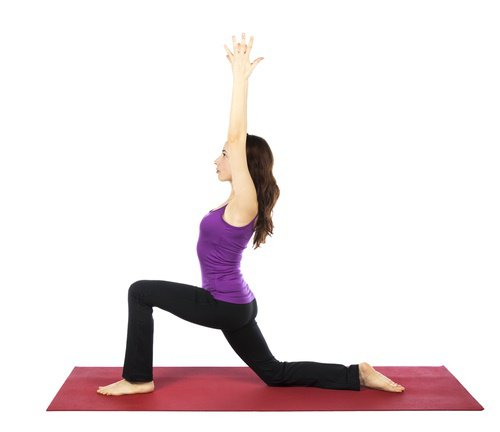 Tall lunge variation to improve digestion